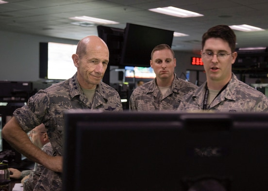 General James M. Holmes, commander of ACC, visits the 548 ISRG at Beale AFB