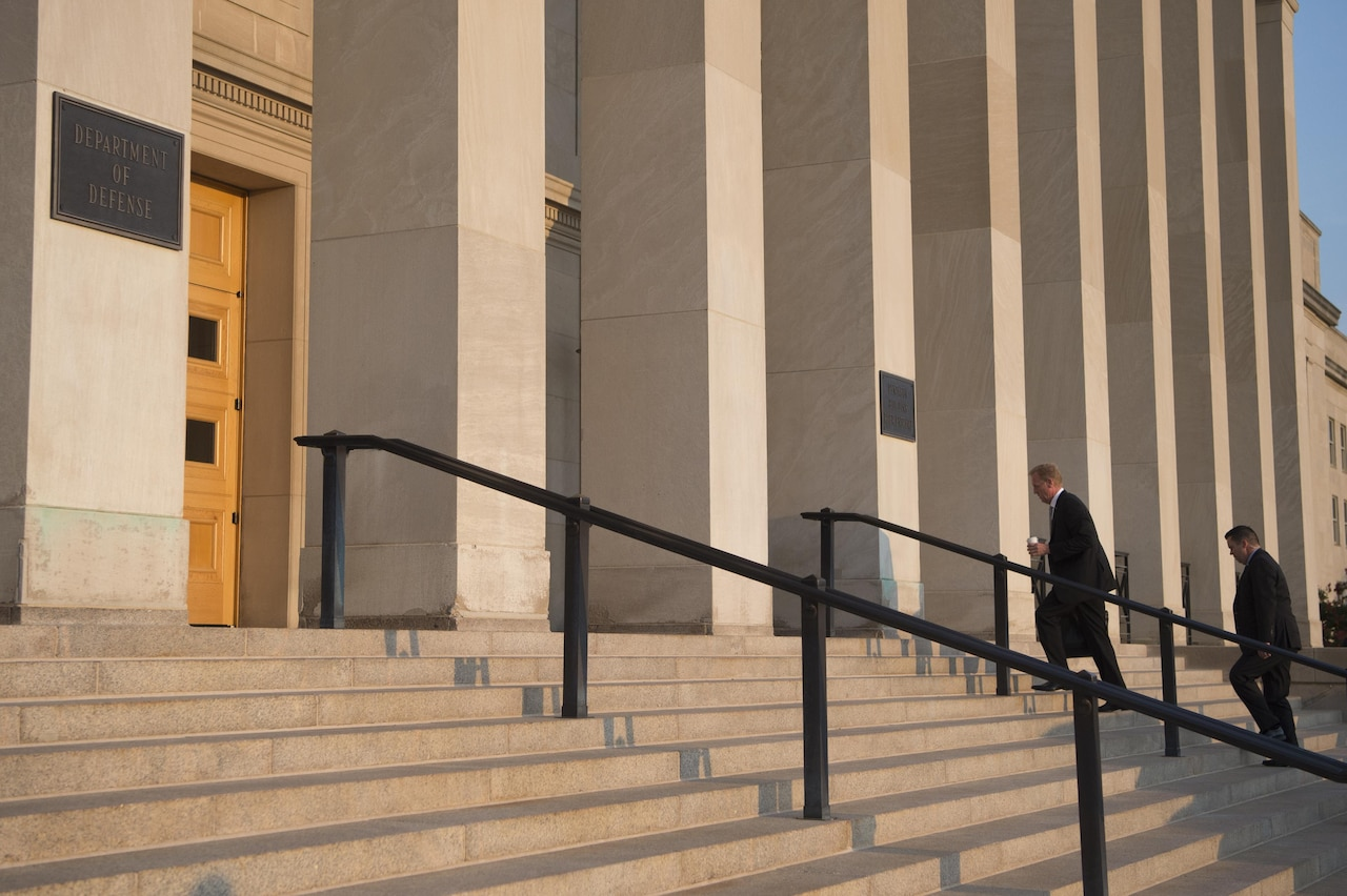 Deputy Defense Secretary Pat Shanahan walks up the steps to the Pentagon, July 20, 2017.