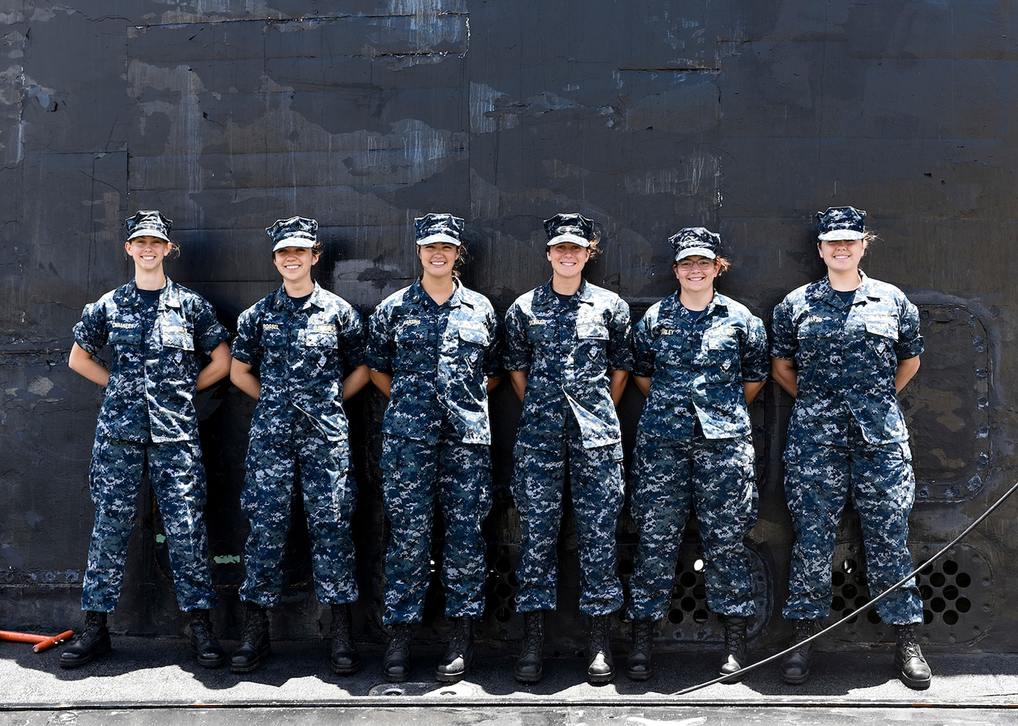 170721-N-LY160-0018 PEARL HARBOR (July 21, 2017) -  Group of midshipmen stand aboard the Virginia-class fast attack submarine USS Texas (SSN 775) for a photo shoot. The midshipmen are participating in their summer cruise training development program. (U.S. Navy photo by Mass Communication Specialist 2nd Class Michael H. Lee)