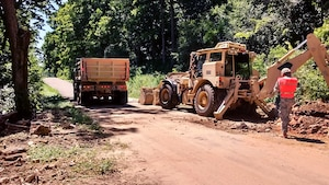 Engineers from the Wisconsin Army National Guard remove debris from roadways affected by flooding in the Town of Jefferson, Wis., Aug. 1, 2017. Twenty Soldiers from the Wisconsin National Guard's 229th Engineer Company and Company B, 173rd Brigade Engineer Battalion, conducted debris removal missions in the Towns of Jefferson and Portland, Wis., Jul 28 to Aug. 1 after heavy rain that soaked western Wisconsin.