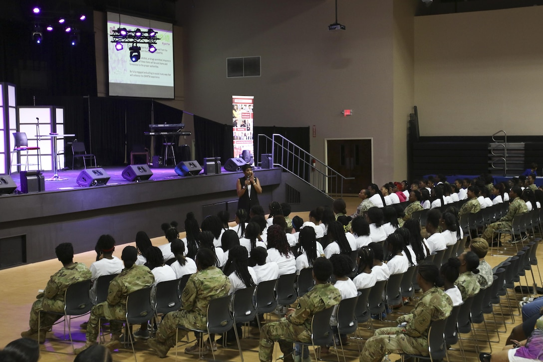 Former Miss USA, Army women making a difference in the lives of young women