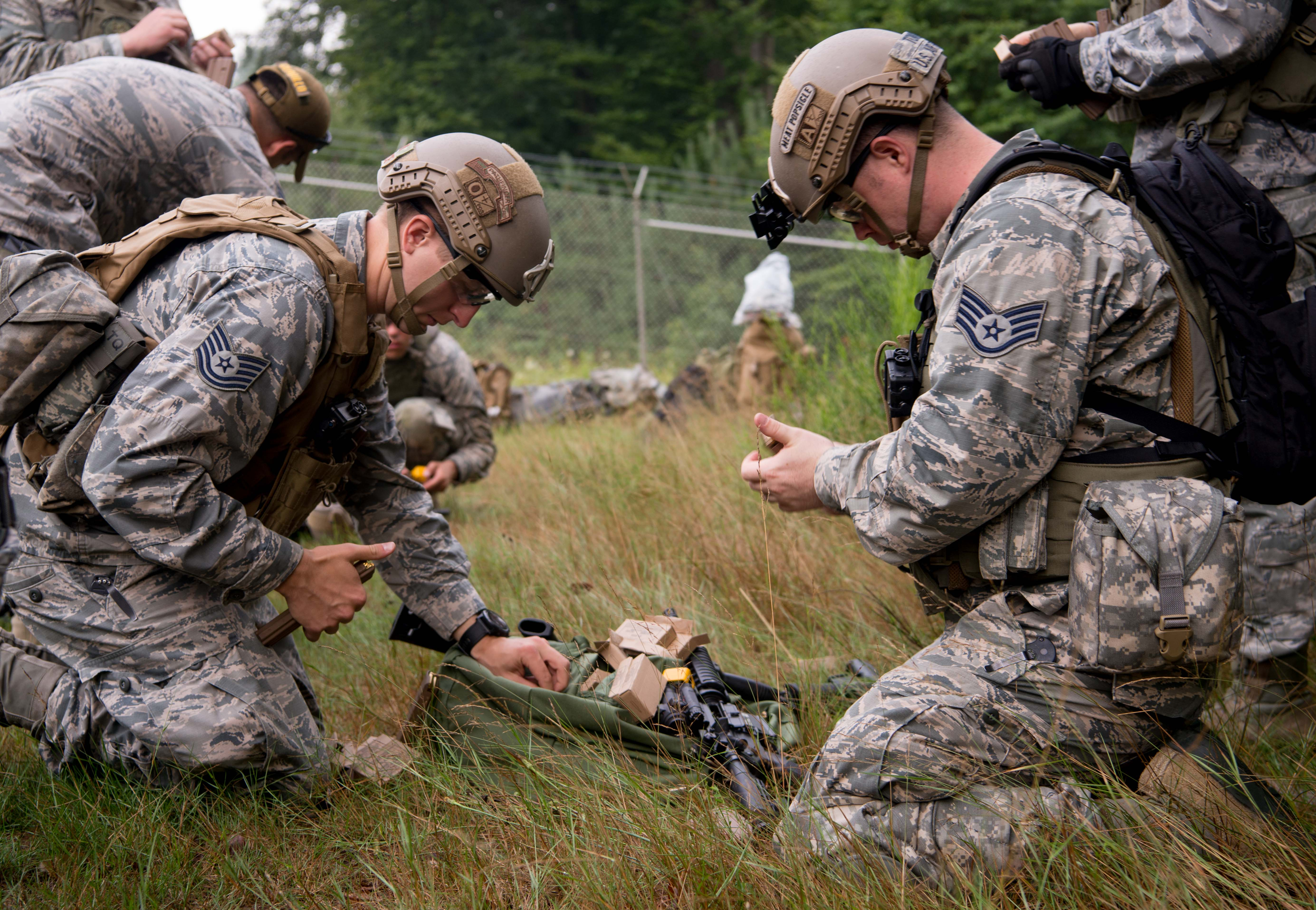 435th CRG trains for contingency down range