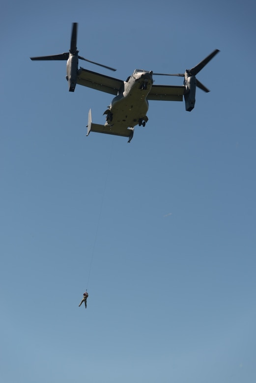 U.S. sailors and airmen serving with Special Operations Command Europe train