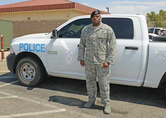 Edwards Airman recognized for peaceful end to potentially deadly situation