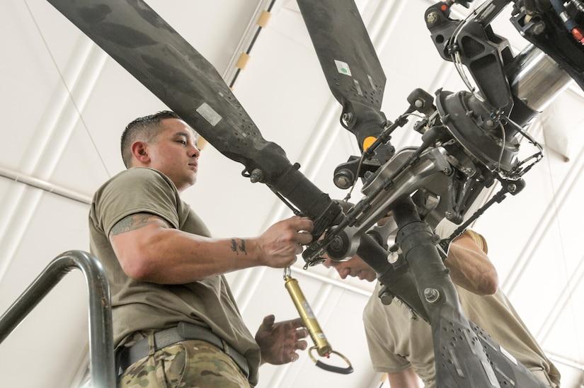 AH-64E maintenance