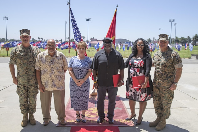 Camp Pendleton Honors Employees For Their Faithful Service