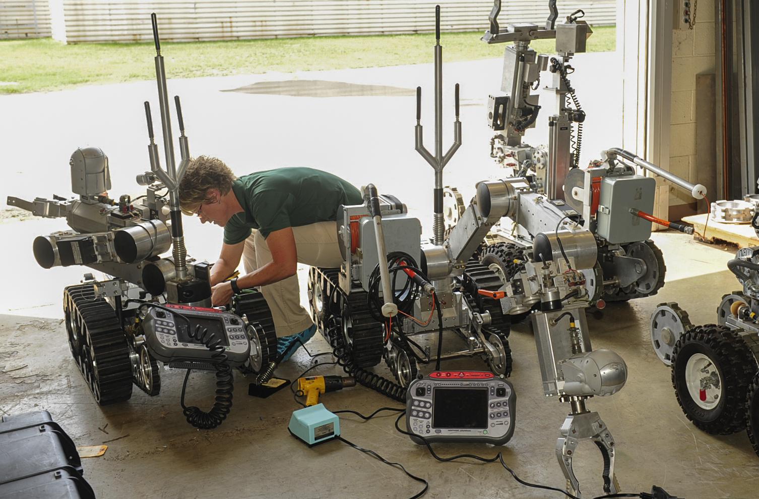 iii receives maintenance - photo #27