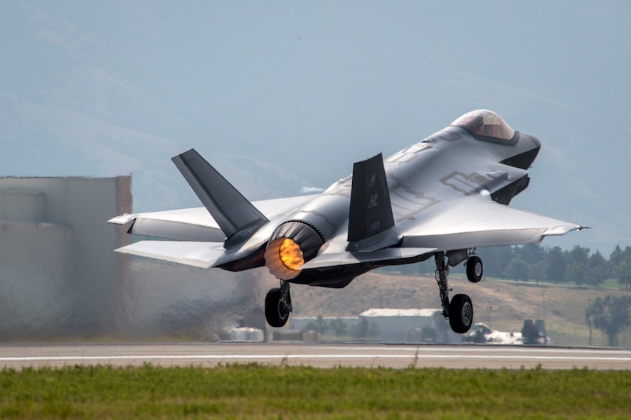 An F-35A Lightning II aircraft from Hill Air Force Base, Utah, takes off from the base, Aug. 7, 2017. The F-35 flew in Combat Hammer, an evaluation exercise which tests and validates the performance of crews, pilots, and their technology while deploying precision-guided munitions. (U.S. Air Force photo/Paul Holcomb)