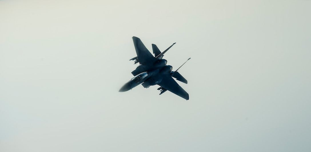 A U.S. Air Force F-15E Strike Eagle breaks off after receiving fuel from a KC-135 Stratotanker from the 349th Air Refueling Squadron, McConnell Air Force Base, Kan., during Exercise Mobility Guardian while flying over Yakima, Wash., Aug. 3, 2017.