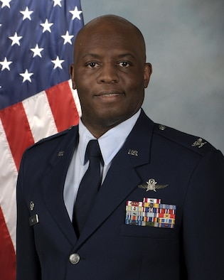 Col. Leo Lawson, Jr. official photo.