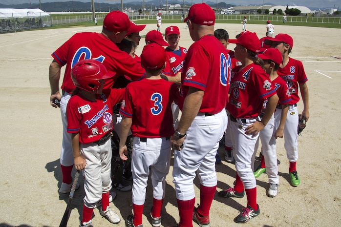 Friendly Baseball Tournament unites American, Japanese families