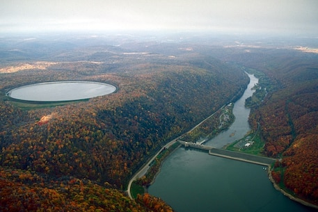 Kinzua Dam at the Allegheny River Reservoir. The Ohio River Basin encompasses numerous large river systems including the Allegheny, Monongahela, Tennessee, and Wabash Rivers, delivering more than 60 percent of the flow of the Mississippi River at their confluence.
