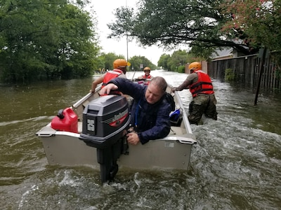 Texas Army National Guard soldiers arrive in Houston to aid citizens.