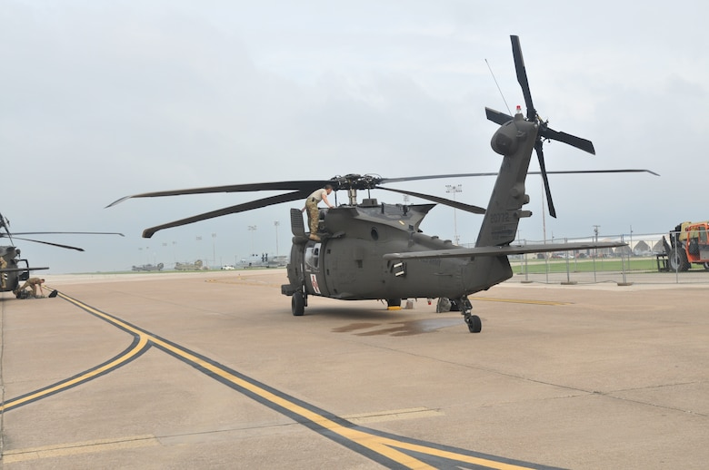 Army Reserve Aviation Command supports Hurricane Harvey Relief Efforts