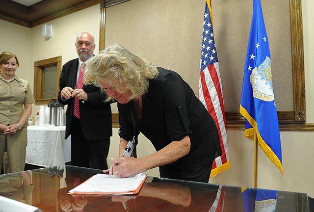 Signing of contract by Rockwell Collins and DLA