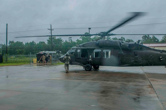 U.S. Army Reserve aviation supports Hurricane Harvey rescue efforts