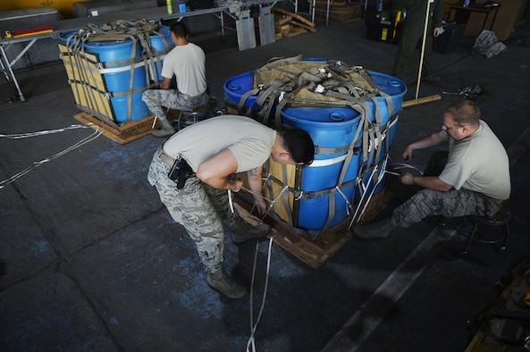 86th LRS Airmen rig it to win