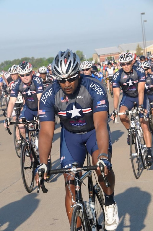 Senior Master Sgt. Larry Galo, Air Force Cycling Team director, leads the team during the Ride for Heroes event in Texas, April 19, 2014. The AFCT works to promote the Air Force by interacting with the American public at cycling events across the United States. (Courtesy Photo)