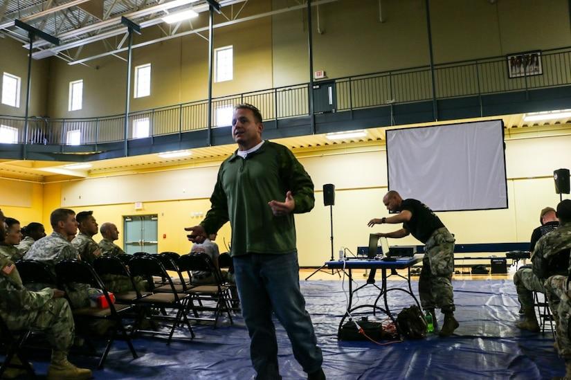A veteran speaks to soldiers