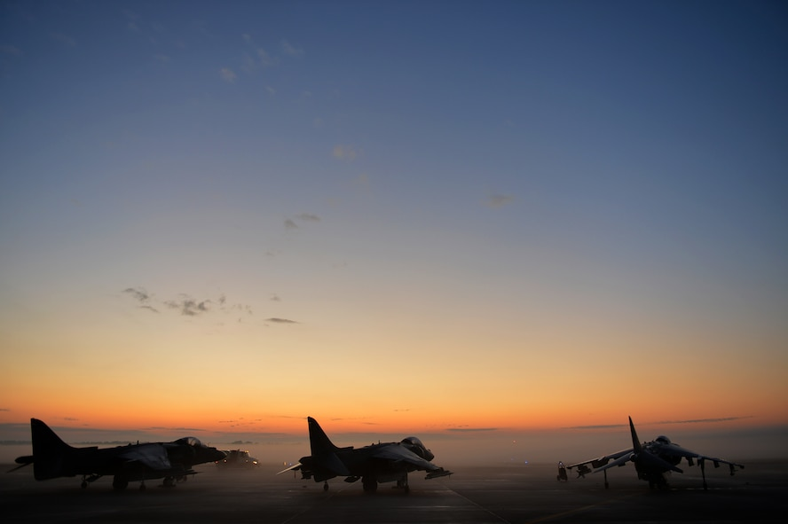 U.S. Marine AV-8B Harriers with the Marine Attack Squadron 231 assigned to Marine Corps Air Station Cherry Point, N.C., are parked on the flightline during basic fighter maneuver training at Shaw Air Force Base, South Carolina, Dec. 1, 2017.