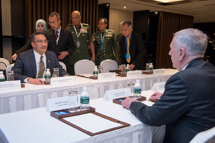 Mattis, Malaysian Counterpart Confer on Regional Security Issues