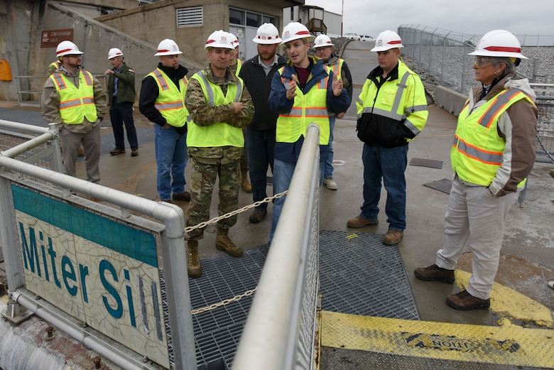 Col. Paul Kremer, U.S. Army Corps of Engineers Great Lakes and Ohio River Division acting commander, meets with the Nashville District's leadership, engineering team, project manager, and lock master during a tour of Chickamauga Lock Dec. 5, 2017 at Tennessee River mile 471 in Chattanooga, Tenn. (USACE photo by Lee Roberts)
