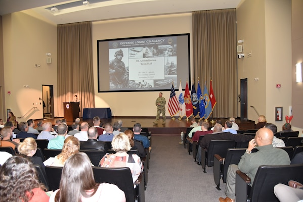 Distribution commanding general introduces DLA Director's strategic plan in annual town hall meeting