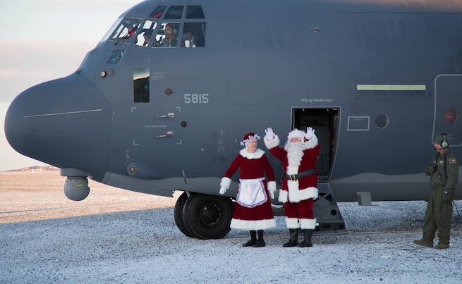 Alaska National Guard delivers Christmas gifts and treats to children in St. Michael