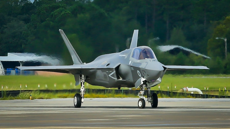 A pilot prepares to take off in an F-35B Lightning II Joint Strike Fighter aboard Marine Corps Air Station Beaufort, Aug. 22. A detachment from Marine Fighter Training Squadron 401 is providing red air for Marine Fighter Attack Training Squadron 501 from Aug. 20 to Sept. 1. VMFT-401 will simulate an enemy for the warlords to fight and maneuver against. The pilot is with VMFAT-501.