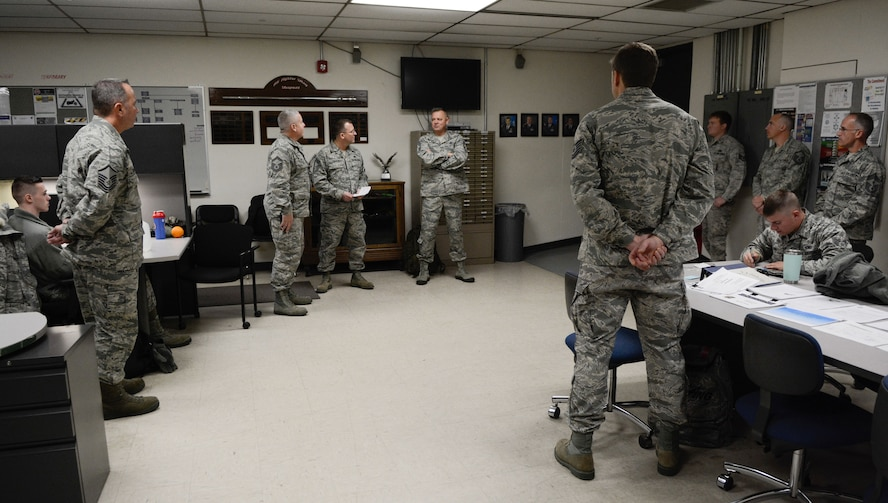 Chief Master Sgt. Richard D. King, 1st Air Force command chief, met with Airmen with the 115th Fighter Wing at the 115th FW in Madison, Wis., Dec. 3, 2017. King came to the wing to speak with Airmen and to discover what they need to accomplish their jobs more effectively. He also spent time thanking Airmen for their achievements, including temporary deployments helping those suffering from recent hurricane damage. (Air National Guard photo by Tech. Sgt. Andrea F. Rhode)