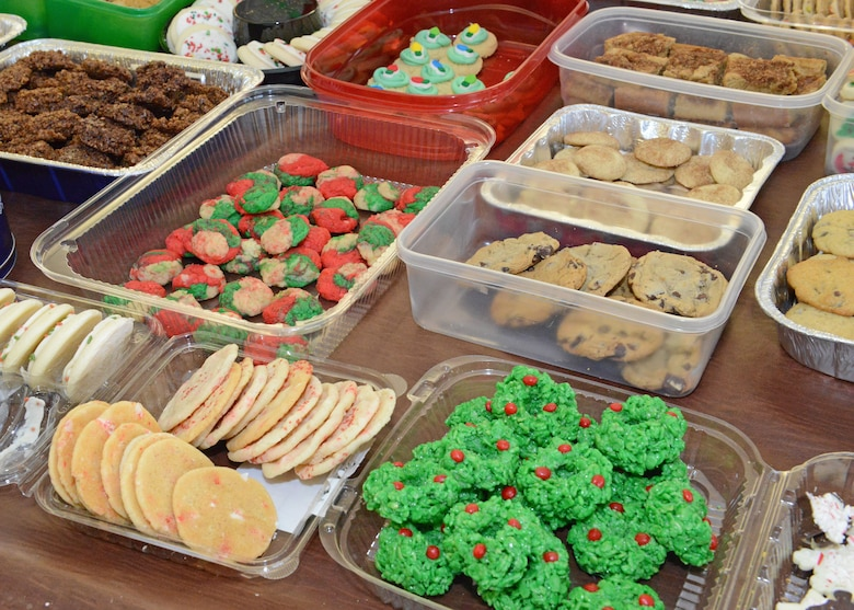 Holiday cookies for Edwards Airmen