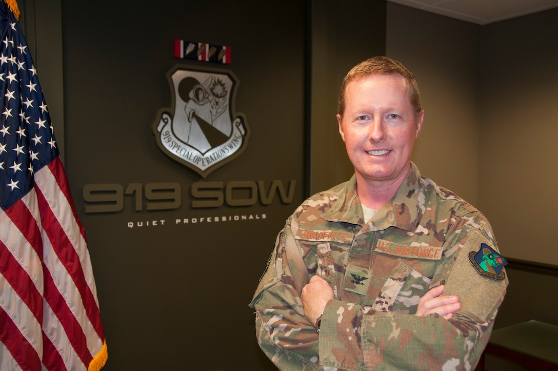 Col. Les Bradfield, 919th Special Operations Wing commander (U.S. Air Force photo/Lt. Col. James R. Wilson)