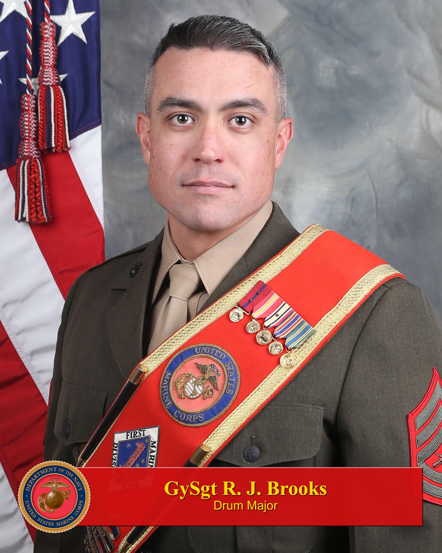 gunnery sergeant robert brooks 1st marine division leaders