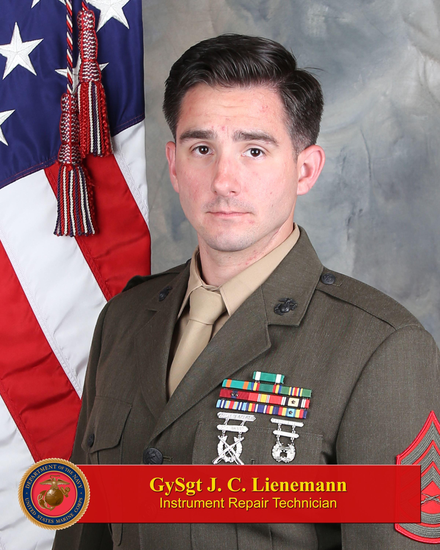 gunnery sergeant justin lienemann 1st marine division leaders