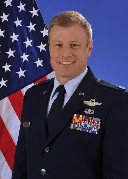 Duckworth named 340 FTG commander