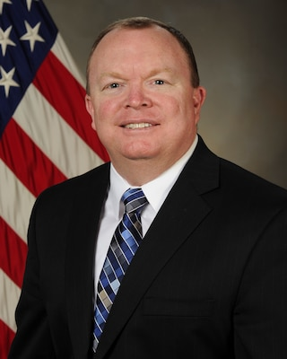 Jim McArthur has been named director of DLA Distribution Hill, Utah.