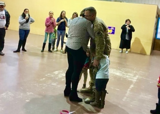 Returning Soldier gives daughter a birthday surprise
