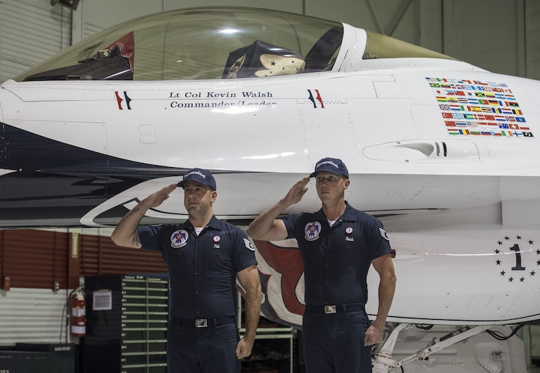 Walsh assumes command of Thunderbirds squadron