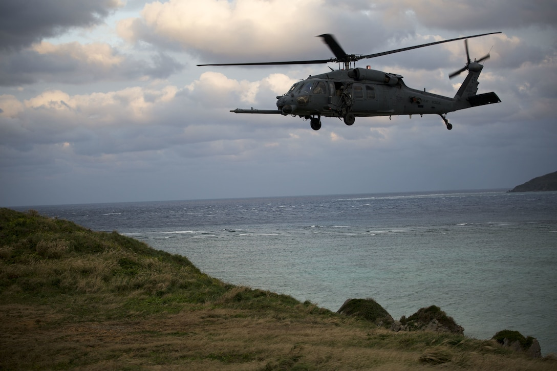 A U.S. Navy MH-60S Knighthawk with Helicopter Sea Combat Squadron 21 provides air support alongside Battalion Landing Team, 1st Battalion, 1st Marines, at range W-174, Okinawa, Japan, Dec. 19, 2017. BLT 1/1 is the Ground Combat Element of the 31st Marine Expeditionary Unit. During the training BLT 1/1 worked alongside various aircraft to conduct close air support training. As the Marine Corps' only continuously forward-deployed MEU, the 31st MEU provides a flexible force ready to perform a wide range of military operations.
