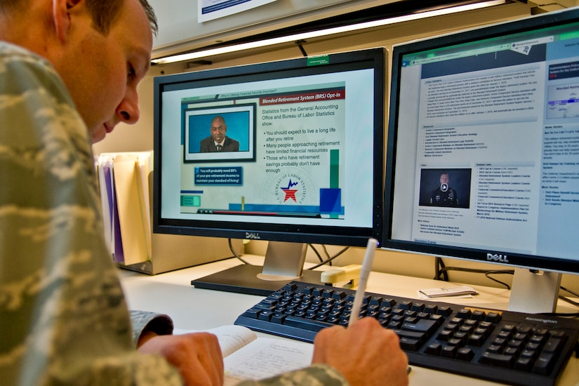 Air Force Maj. Michael Odle, Defense Department assistant director of military compensation policy, reviews the DoD course content for the Blended Retirement System opt-in training at the Pentagon, Jan. 30, 2017. Currently serving military members who are eligible to opt in are required to take the course. DoD photo by Lisa Ferdinando