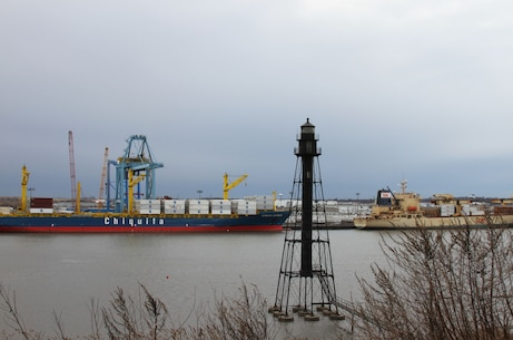 The Port of Wilmington, Delaware handles about 400 vessels annually and imports/exports more than six million tons of cargo. The U.S. Army Corps of Engineers' Philadelphia District typically dredges the harbor every 9 to 12 months.