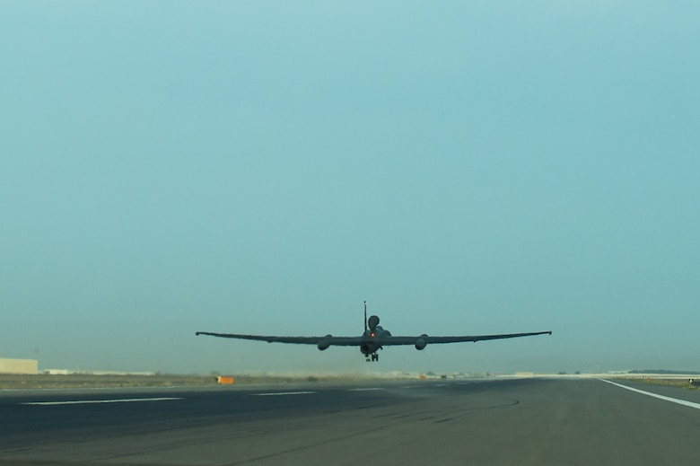 A 380th Air Expeditionary Wing U-2 launches from a flight line on a sortie in support of Combined Joint Task Force- Operation Inherent Resolve at an undisclosed location in Southwest Asia, Feb. 2, 2017. During this flight the airframe reached 30,000 flight hours. This is the second U-2 to reach this milestone out of the U-2 fleet. However, this achievement was the first while serving Air Force Central Command in an expeditionary environment. (U.S. Air Force photo/Senior Airman Tyler Woodward)