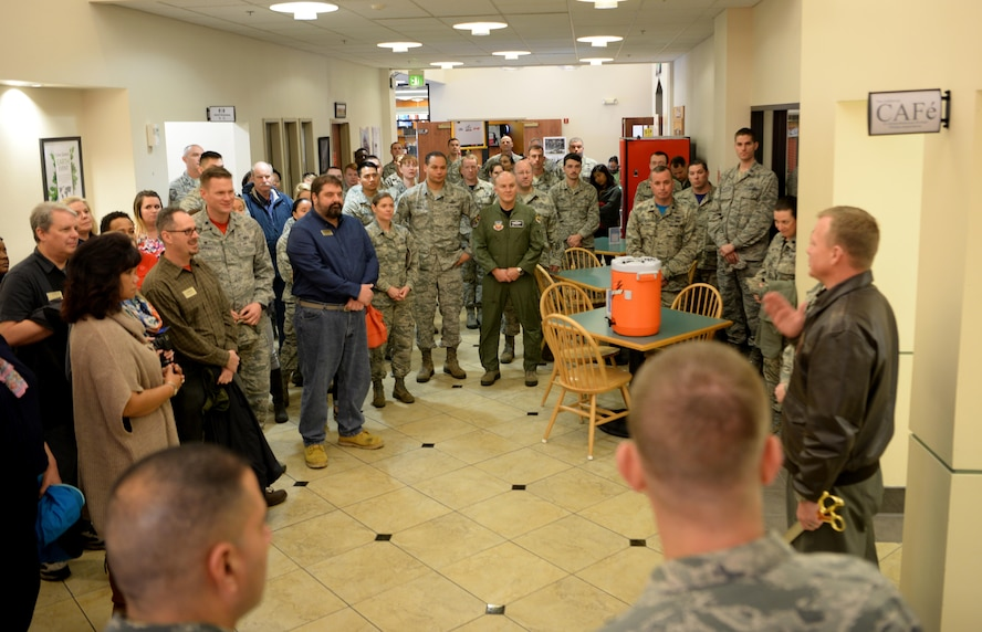 Col. Christopher Stricklin (right), 9th Reconnaissance Wing vice commander address an audience in attendance for the opening of the California CAFé, at the Beale Community Activity Center, Feb. 3, 2017, at Beale Air Force Base, California. The intent of the CAFé is to aid in the improvement of social fitness at Beale. (U.S. Air Force photo/ Staff Sgt. Bobby Cummings)
