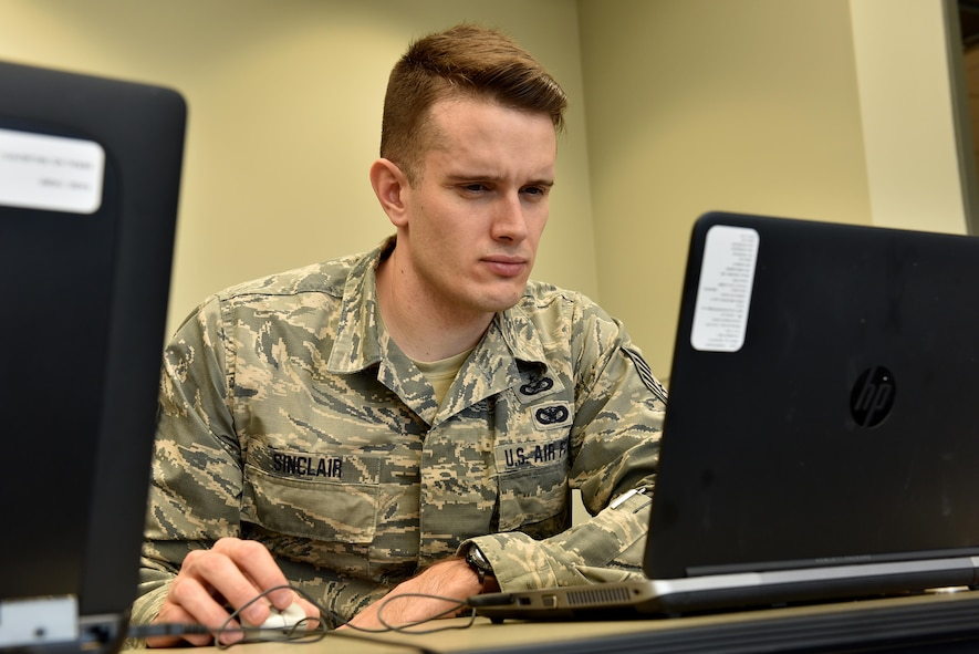 Tech. Sgt. Andrew Sinclair, a broadcaster assigned to the Maine Air Naitonal Guard's 101st Air Refueling Wing, attends a website development class Feb. 8 at the I.G. Brown Training and Education Center in Louisville, Tenn. Around 100 public affairs Airmen and website experts were on campus this week for a workshop on the Armed Forces Public Information Management System. (U.S. Air National Guard photo by Master Sgt. Mike R. Smith)