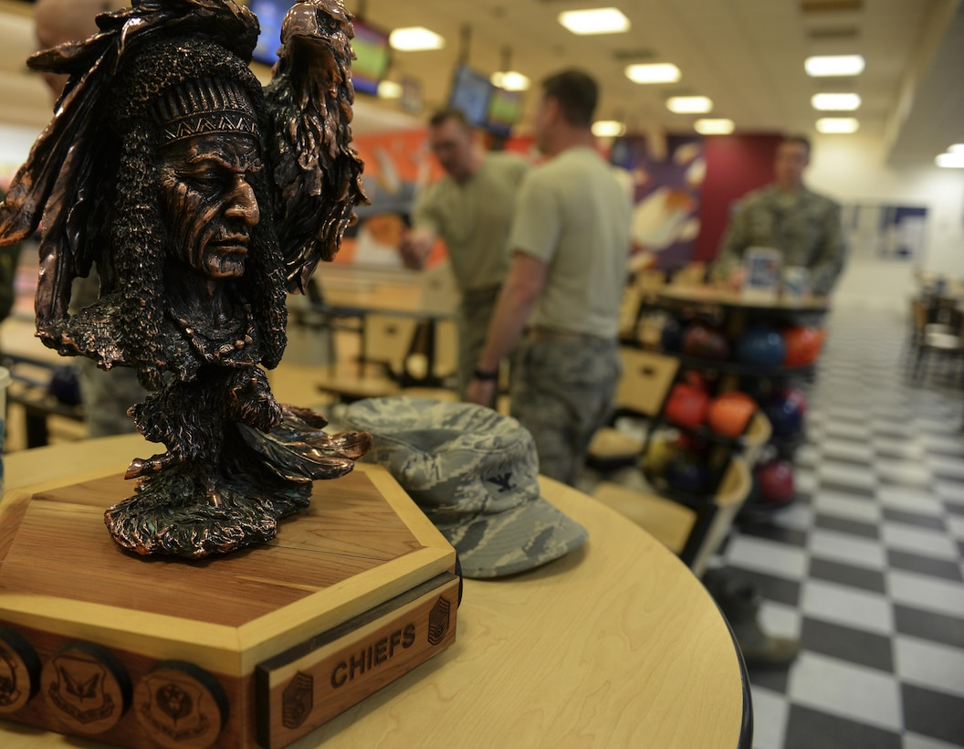 "The ""Chiefs vs. Eagles"" trophy sits on display during a ""Chiefs vs. Eagles"" game Feb. 7, 2017, on RAF Mildenhall, England. Team Mildenhall leaders take part in quarterly events to build camaraderie amongst the chief master sergeants and colonels. (U.S. Air Force photo by Staff Sgt. Micaiah Anthony)"