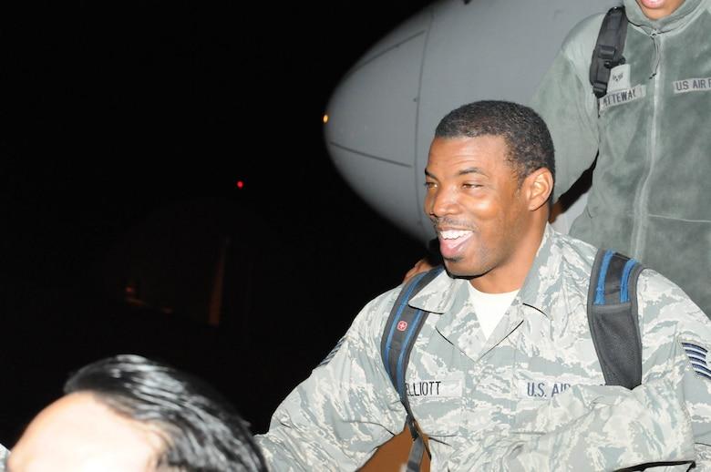 (U.S. Air National Guard photo by Senior Airman Anthony Small)
