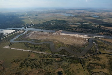The U.S. Army Corps of Engineers Jacksonville District awarded one of two remaining construction contracts for the Kissimmee River Restoration Project, a massive Everglades restoration project in Polk and Osceola counties.