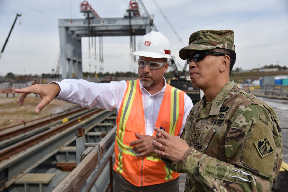 Brig. Gen. Mark Toy receives a briefing on Olmsted Lock and Dam.