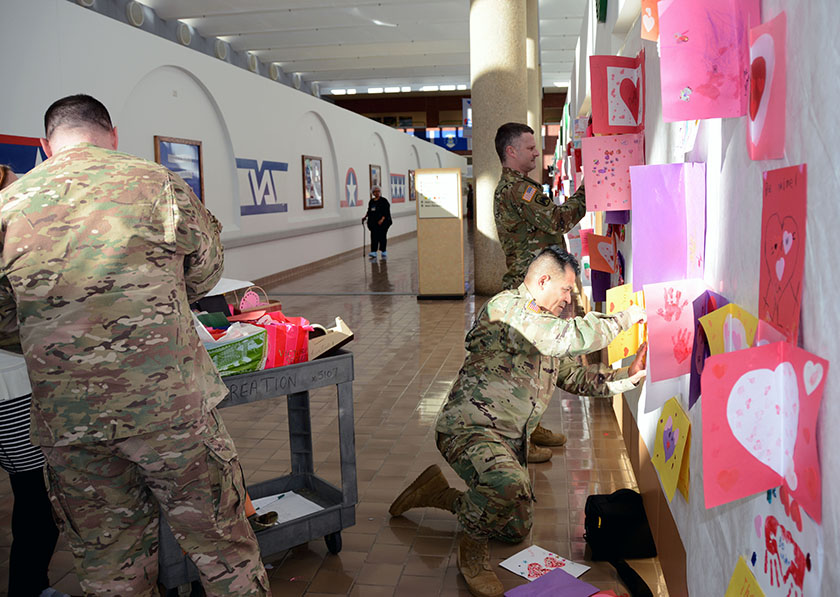 Dla Aviation Shows Veterans Some Love Defense Logistics Agency