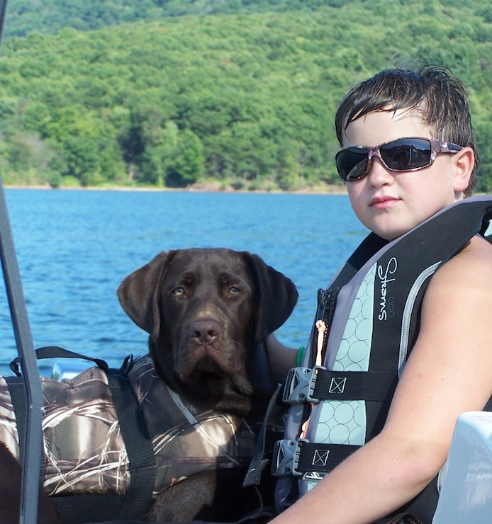 Lifejackets save lives! Wear it, Raystown Lake!